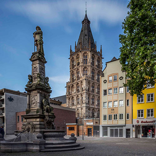 city guided tours Cologne city hall